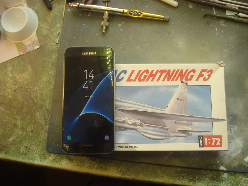 Lightning F3 box
