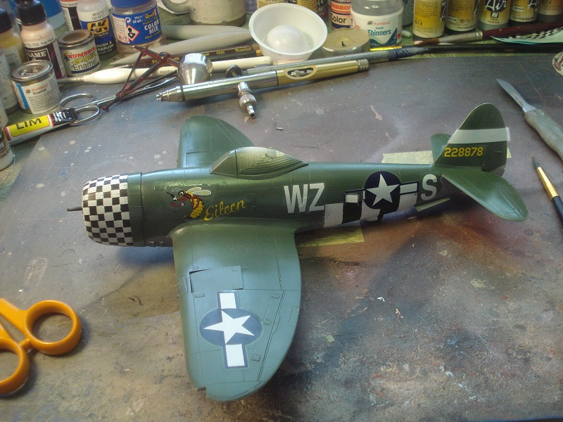 All large decals on.